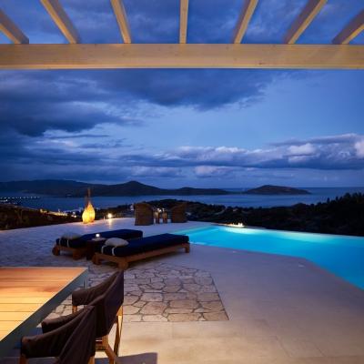 Private Villa in Elounda 2: Image 7